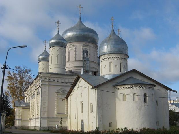 Покровский Зверин монастырь