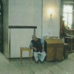 Сережа Ядыкин на своем посту в храме